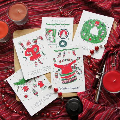The series of Christmas and New Year postcards for FuterStore (Rooster according to the Eastern calendar).  The idea was to make a cute and cozy postcard which will be nice to get as a gift with a purchase. I created a series  of postcards related to the clothing, to show the link between them and the brand FuterStore.